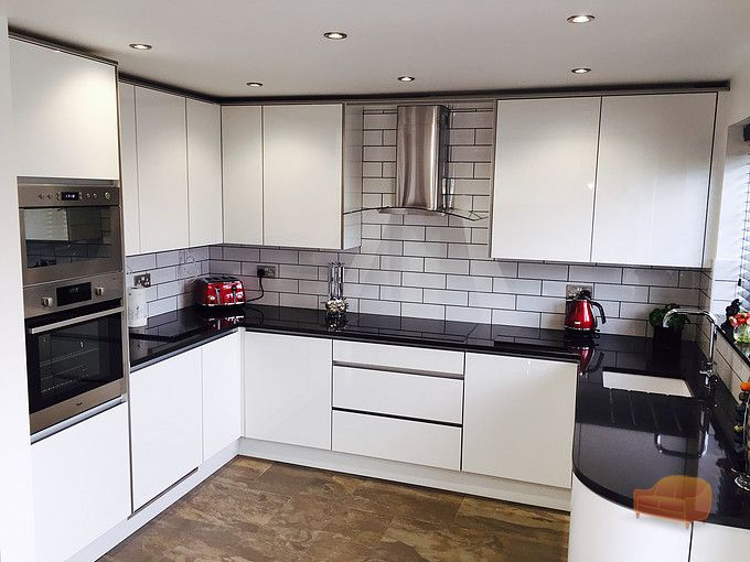 Red barn interiors ltd for Bespoke kitchen cabinets uk