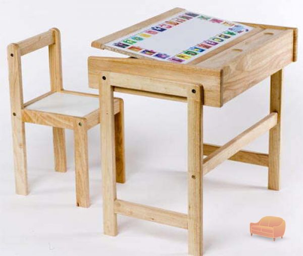 Childrens Desks tables