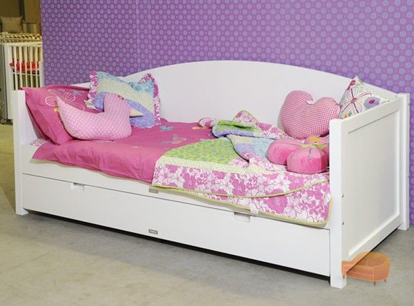 kids beds. Black Bedroom Furniture Sets. Home Design Ideas