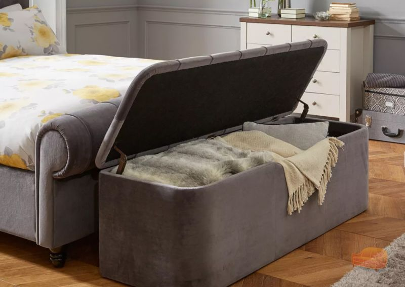 Ottomans Deacon Beige Upholstered Blanket Box: Ottoman